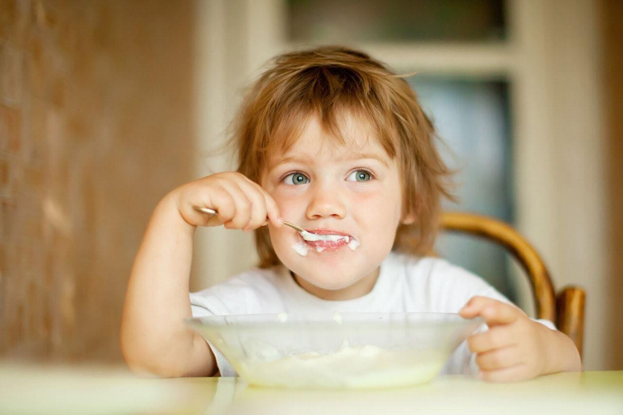 Τι να τρώνε τα παιδιά ηλικίας 0-6 ετών; Συμβουλές προς μαμάδες!